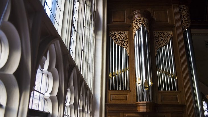 The organ in Lincoln's Inn Chapel